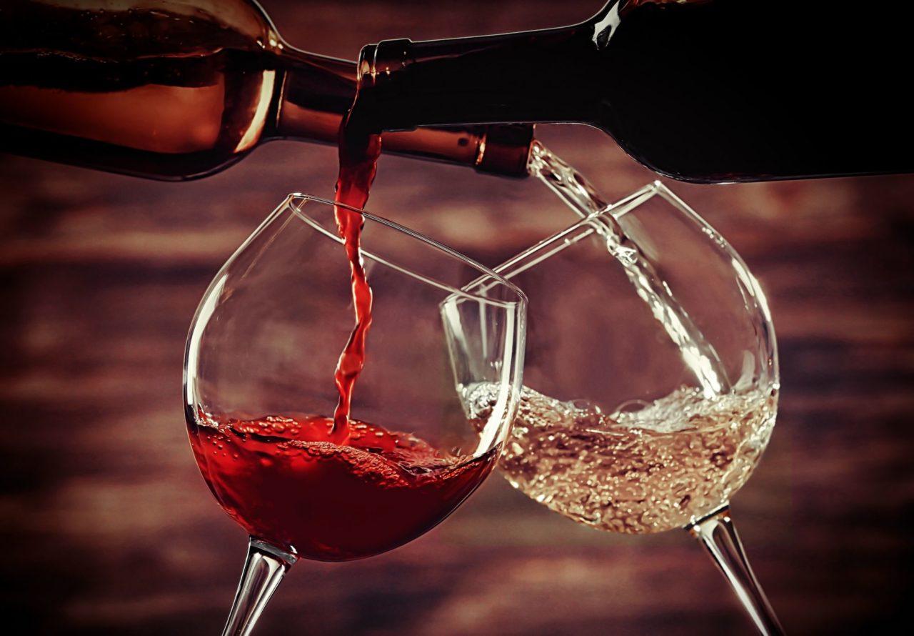 vino Після келиха міцного вина ми краще говоримо англійською