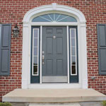 Front door— входная дверь